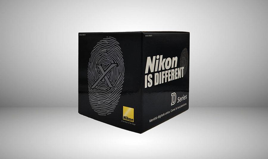 Astuccio Nikon cart ondulato